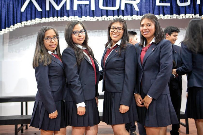 Fernanda Zelaya, Nataly Paniagua, Sarahi Flores y Ana Paula Brito.