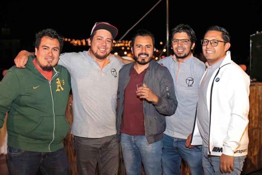 Mario Ávalos, Carlos Mustafá, Donny Berger, Marco Delgado y Pablo Avilés.