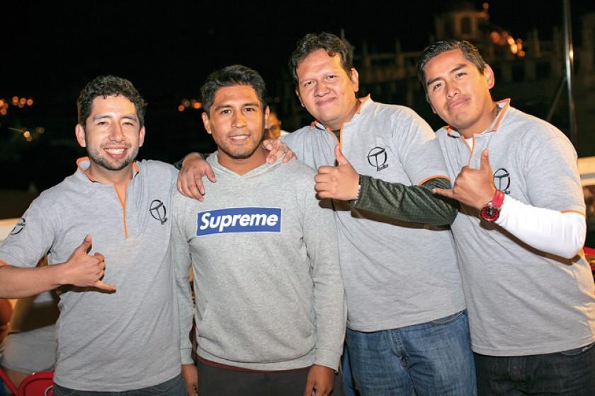 Neco Torres, Rubén Loayza, Jairo Martínez y John León.