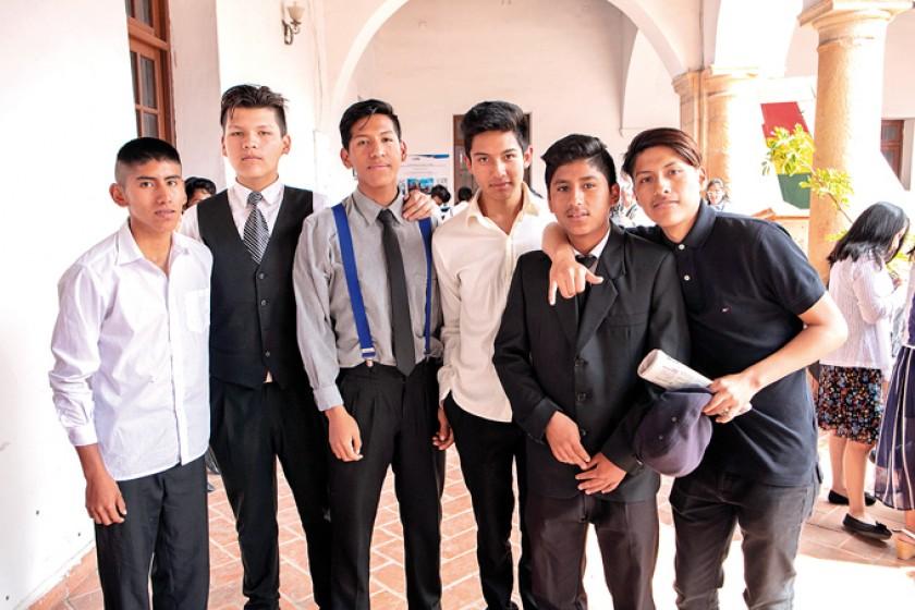 Alex Salas, Jhojan Padilla, Jairo Ramírez, Kevin Salazar, Efrain Mamani y Joel Vallejos.