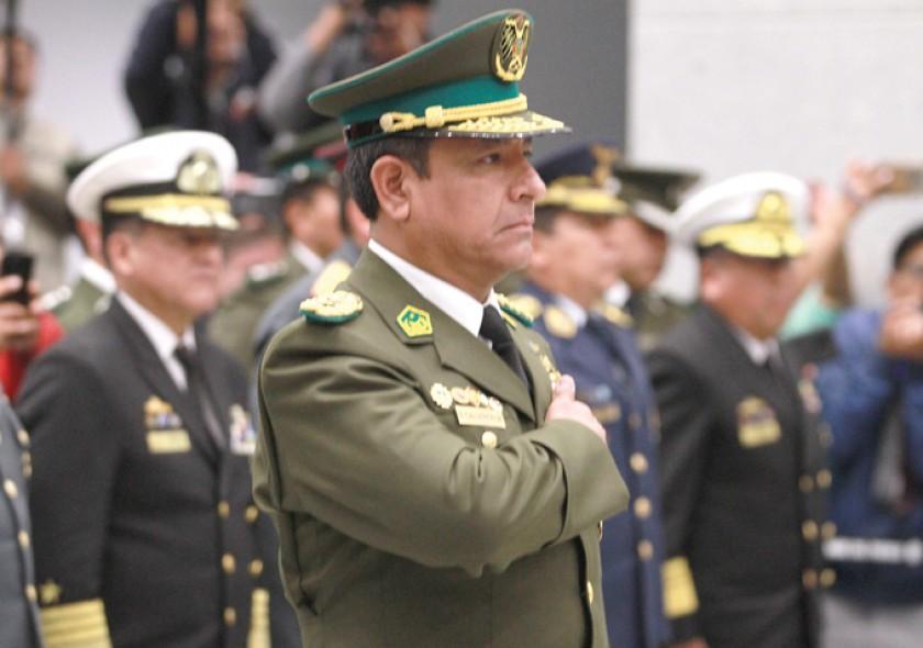 CAMBIO. Vladimir Yury Calderón Mariscal fue posesionado como nuevo Comandante General de la Polícia ayer, martes en La P