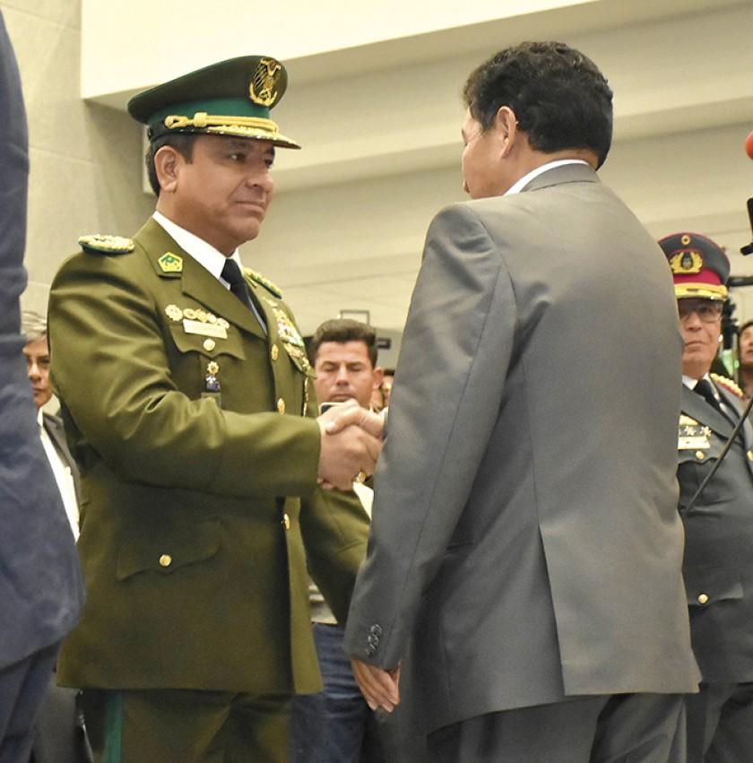 Sorpresivo cambio de Comandante en la Policía nacional