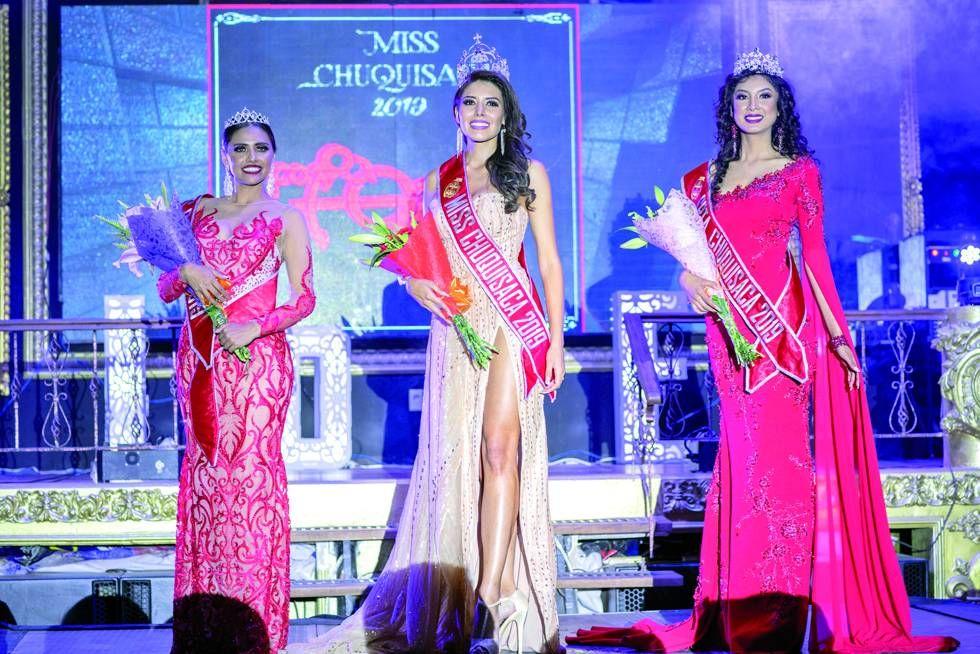 Ganadoras: Karina Cerezo (Miss Capital), Valentina Pérez (Miss Chuquisaca) y Ana Pereira (Señorita Chuquisaca).