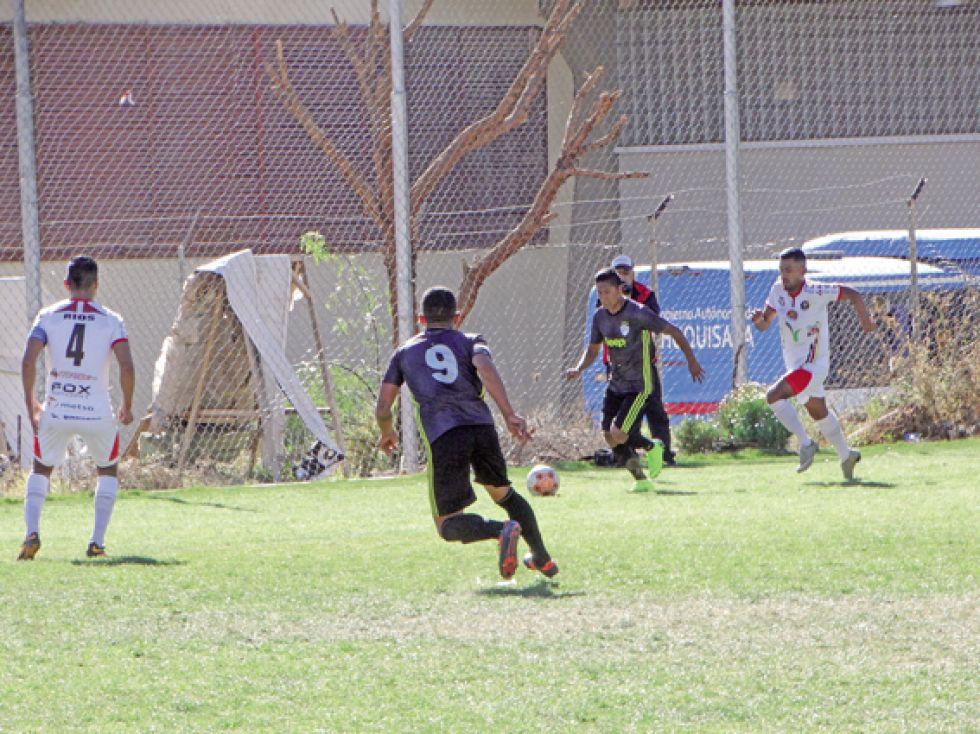 Atlético Sucre superó a Alemán (3-1) y escaló hasta la tercera posición del campeonato.
