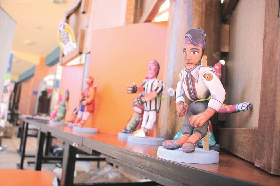 Muñecos para conocer Bolivia