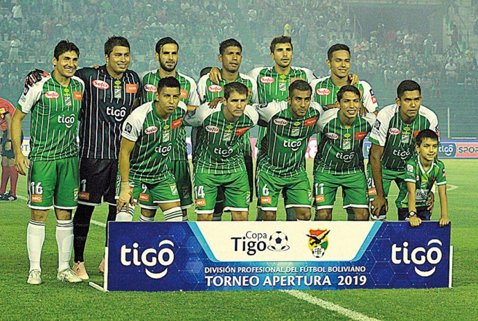 Los equipos de Bolívar y Oriente Petrolero que terminaron jugando el torneo pasado.