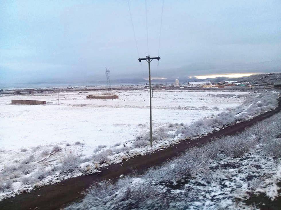 Nevada no da tregua y cierra vías luego de accidentes con heridos