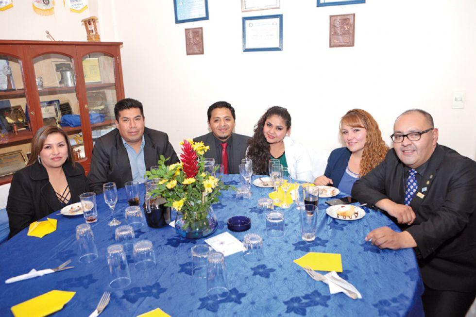 Mariela Díaz, Jayro Arancibia, Eduard Barrero, Elenis Arancibia, Susana Sánchez y José Luis Durán Nava
