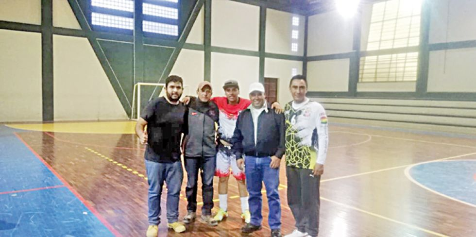 El Comité Organizador del campeonato de fútbol de salón.