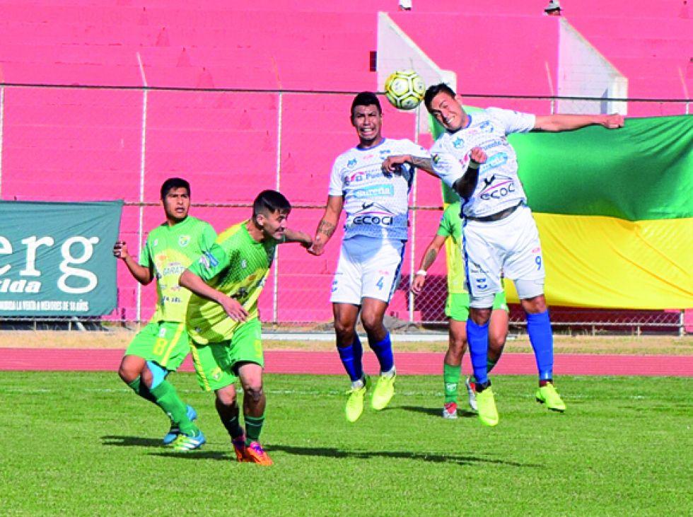 El partido entre Nacional Senac y Stormer's se jugó en el Estadio IV Centenario.