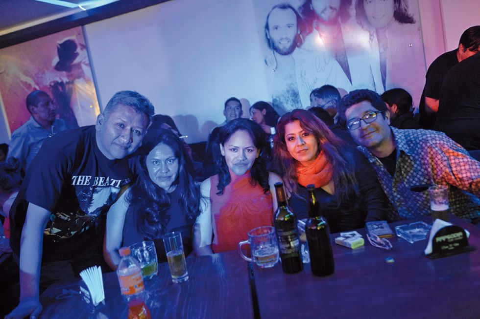 Carlos, Cinthia, Liz, Nayra y Fernando.