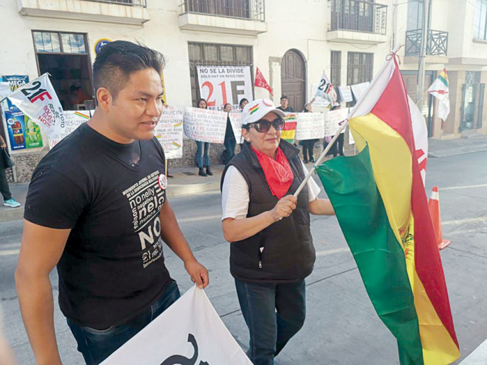 PROTESTAS. Plataformas ciudadanas movilizadas ayer en Sucre.