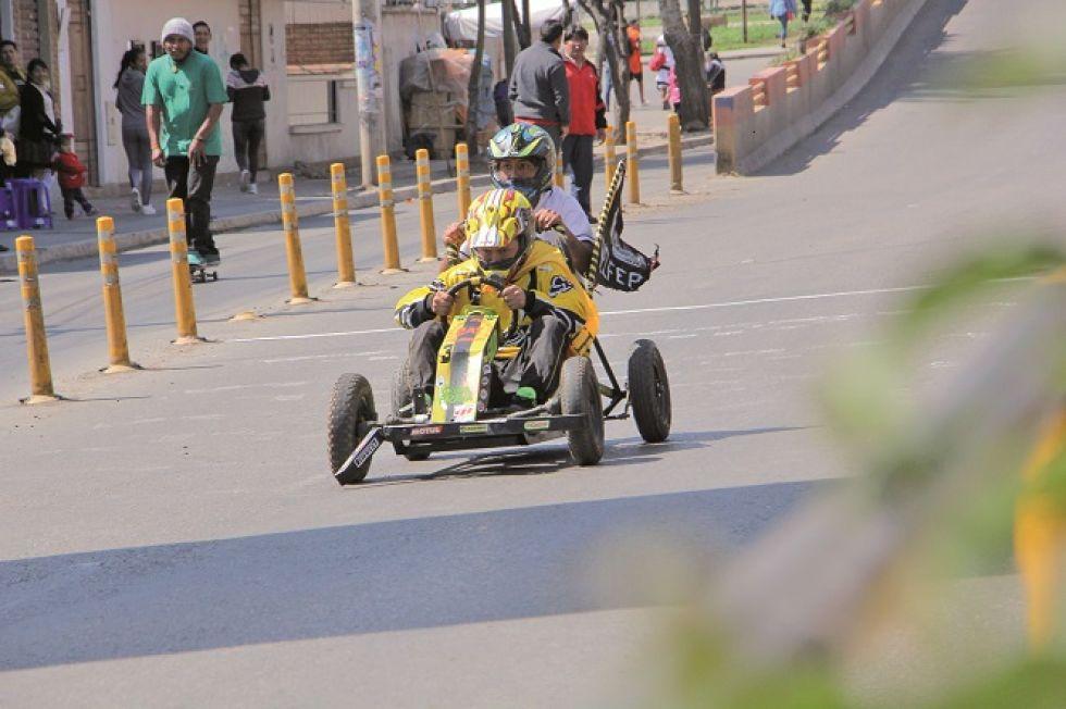 Corredores y espectadores disfrutaron de la competencia.