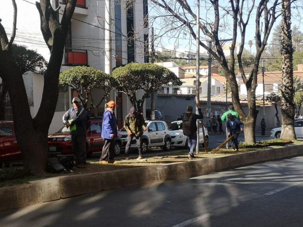 Los comunarios de los municipios cruceños de Pailón y Concepción llegaron a Sucre con reclamos para el TCP.