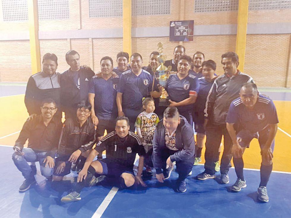 El campeonato convoca año tras año a exalumnos del Colegio Junín.