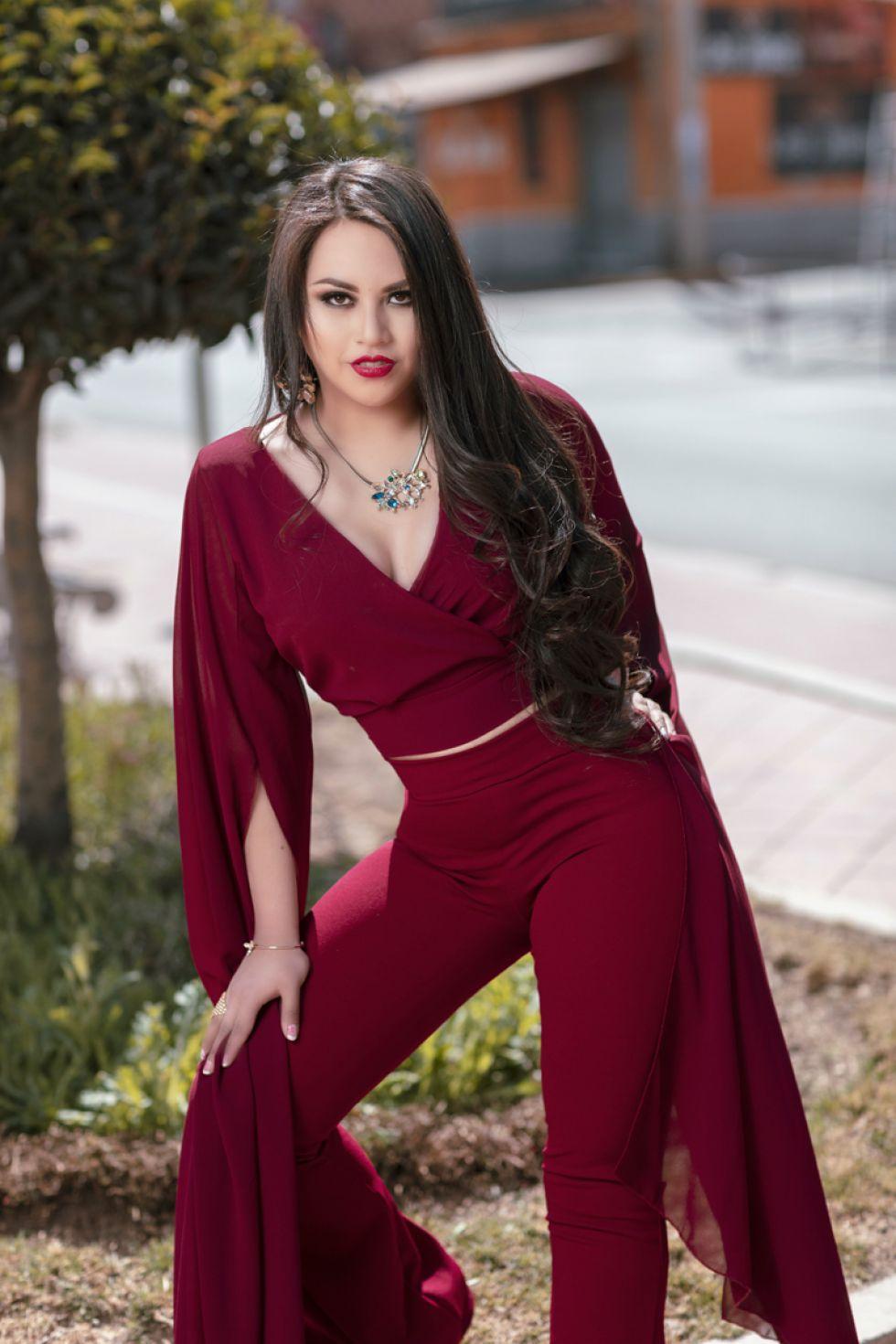 Para la mujer distinguida, elegante y moderna