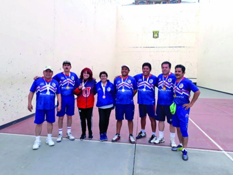 En raqueta frontón, la USFX cosechó seis medallas.
