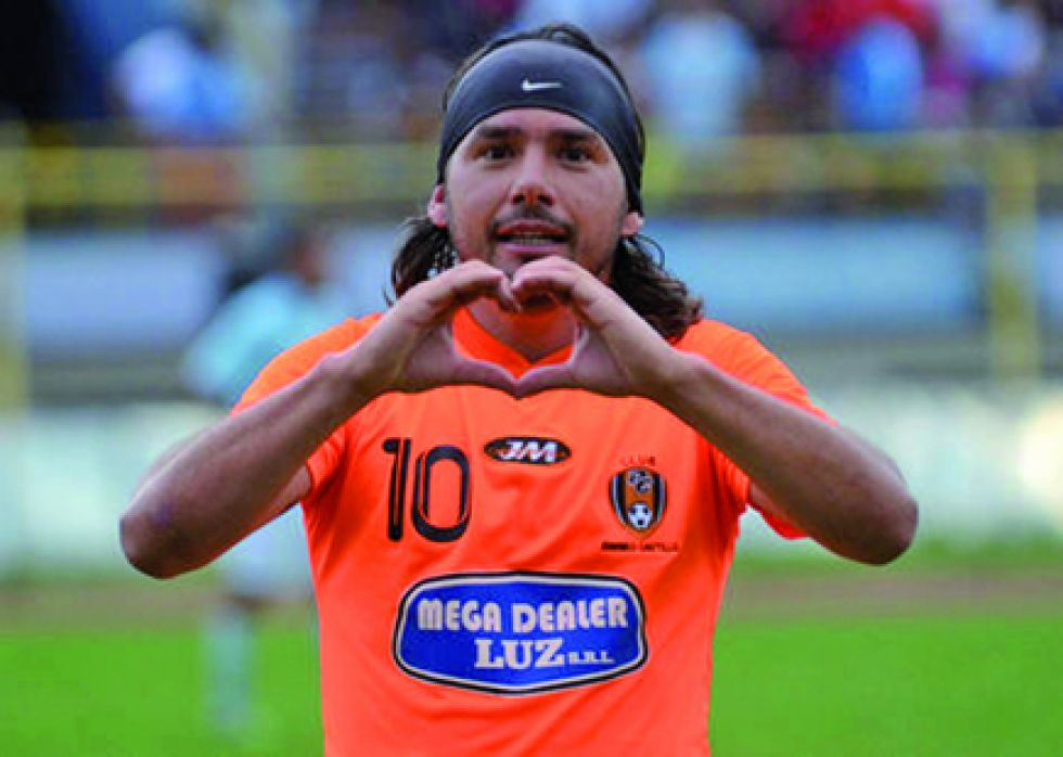 Regis de Souza anotó un gol en el triunfo de San Lorenzo sobre   Real Tomayapo.