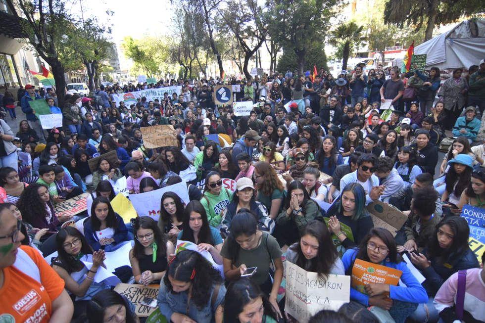 La marcha de los estudiantes esta mañana en La Paz.