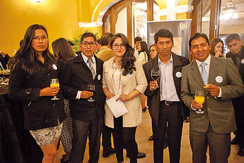 Severina Quiroz, Juan Peñaranda, Verónica Calatayud, Mario Vargas  y Roberto Estévez.
