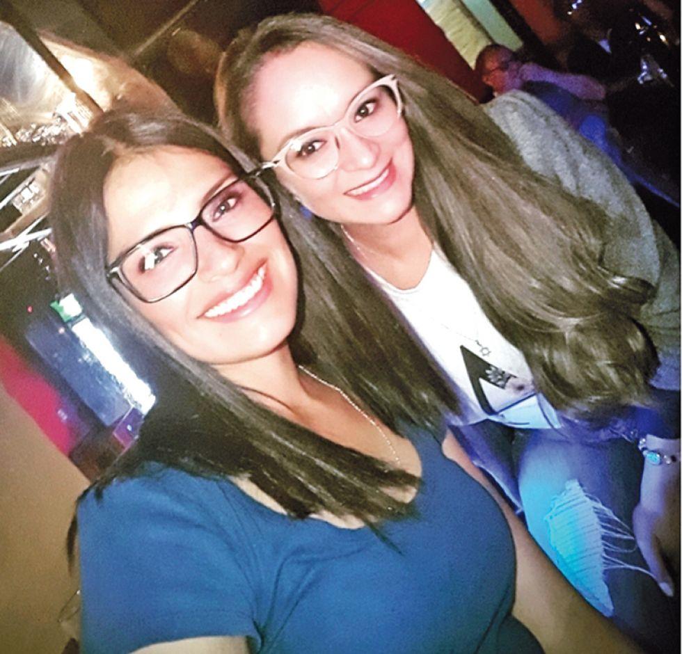 Alejandra Sanabria y Ariana Plaza.
