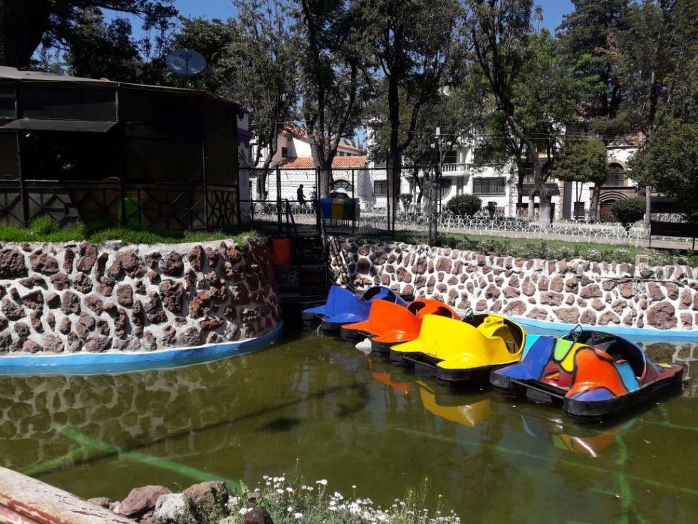 Los nuevos barcos del parque.