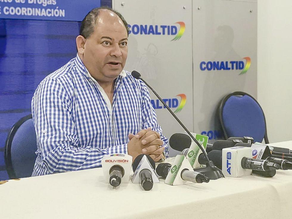 Posición. El ministro Carlos Romero advierte sobre violencia.