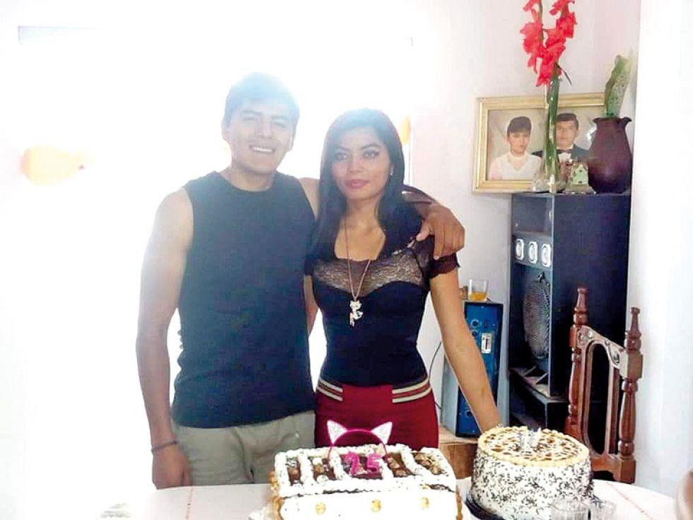 Paola y su hermano Freddy Salazar.