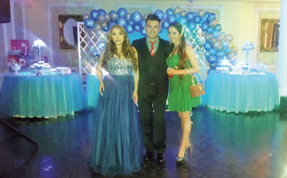 Jacqueline Auza, Ramiro Castellon y Katherin Torrez.