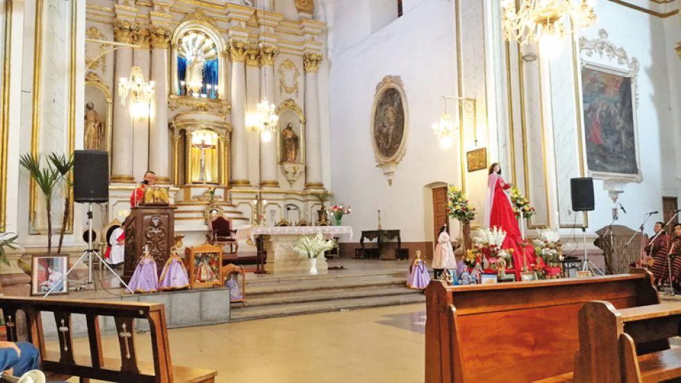 Altar de la glesia de Santo Domingo.