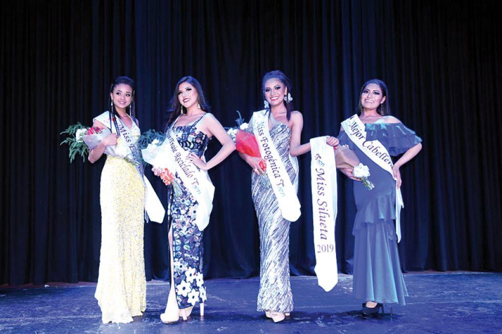 Angie Piedrahita, Miss Elegancia; Diana Pérez, Mejor, Traje Reciclado; Mauren Chavarría, Miss Silueta y Miss Fotogénica, Ana Silvia Nina; Mejor Cabellera