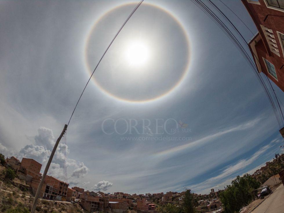 El halo solar en el cielo capitalino.