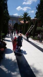 Pobladores acuden al Cementerio General de Sucre.