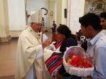Creyentes se reunieron para la eucaristía en la Catedral Metropolitana de Sucre.