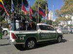 Varios jóvenes fueron arrestados en la plaza 25 de Mayo, por incumplir la cuarentena.