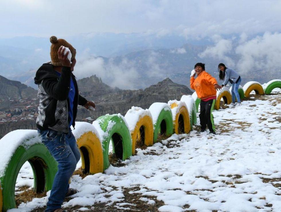 Nieve y diversión en El Alto