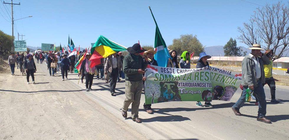 La marcha de los comunarios de Tariquía llega a Tarija.