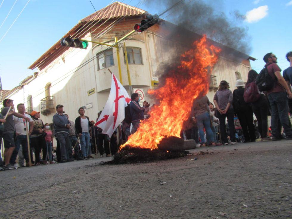 Lunes Negro en Sucre: Violencia, vandalismo y quemas