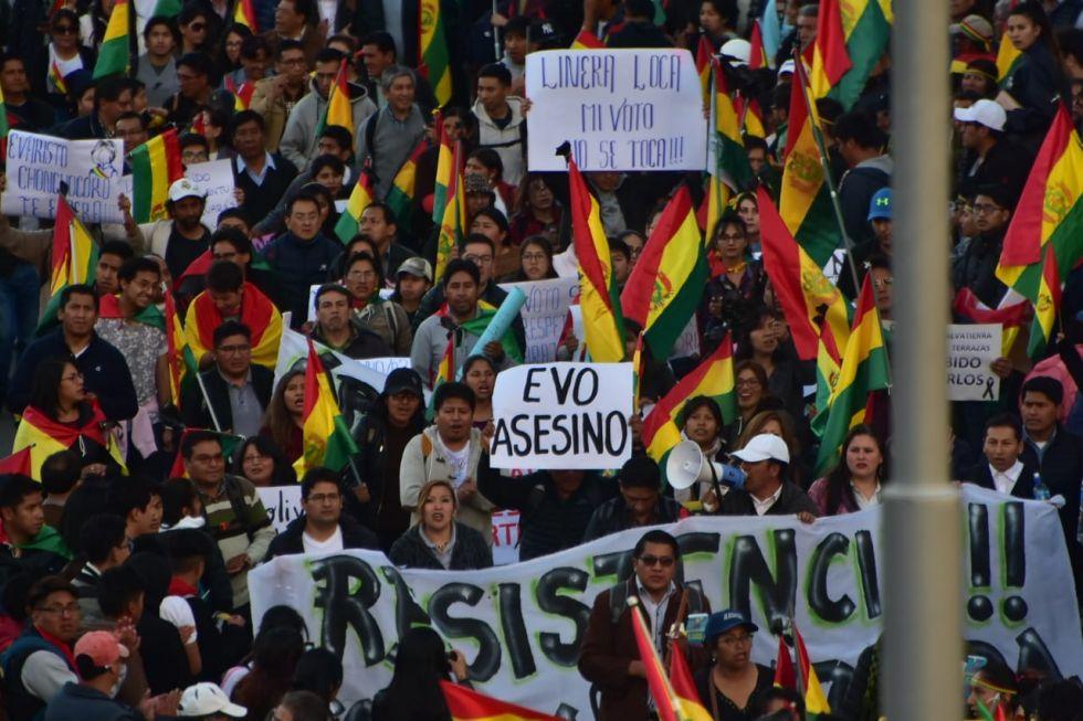 Hubo mensajes de repudio a los gobernantes en La Paz.
