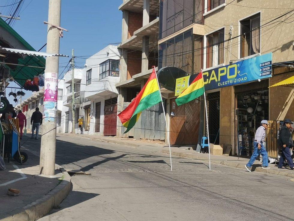 En la zona del mercado Campesino también se instalaron puntos de bloqueo.