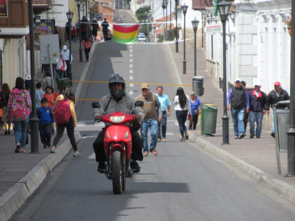 Sucre vive el decimosexto día de paro cívico