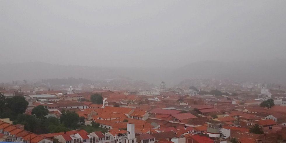 Sucre recibe diciembre con intensa lluvia