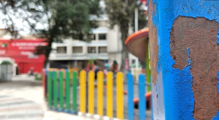 Los niños deben aprender a jugar sin parques