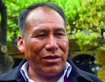 Tras denuncias, arrestan al Alcalde de Achacachi